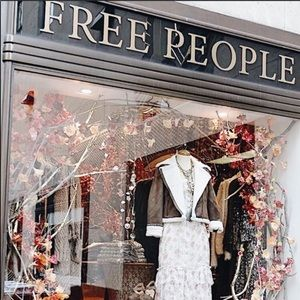 2 LEFT💕Free People Mystery Reseller box